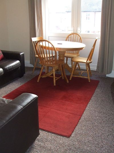 Simonside Terrace- 4 Bed Professional House-Share
